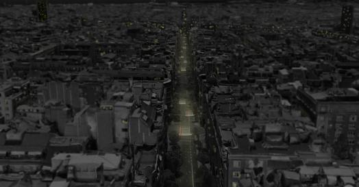 """El objetivo es crear una atmósfera singular, pensada a partir de las características espaciales de la calle Muntaner, gracias a la instalación de una iluminación a modo de """"toldo"""" que acompaña el recorrido en pendiente de la calle. Las curvas recordarán las cartas de deseos que los niños envían en Navidad a los reyes magos o Papá Noel. Ubicamos una serie de 3 """"cartas"""" en los cruces mas importantes de ese tramo de la calle Muntaner. Las cartas representan un lienzo disponible para la imaginación de cada uno. Recordarán momentos tiernos o proyectarán las aspiraciones o deseos presentes en cada uno de nosotros. La sucesión de cartas """"volando"""" en el cielo procurará una atmosfera poética para convertirla en """"la calle de los deseos""""."""